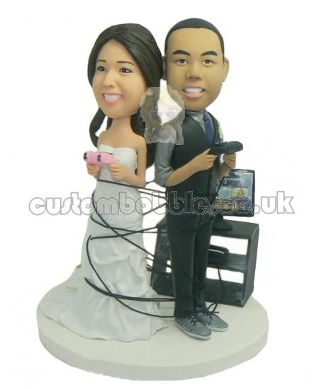 custom gamer couple wedding bobbleheads