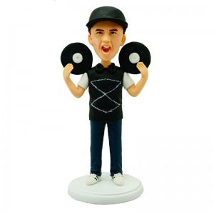 dj personalised bobblehead holding up two records