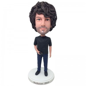 personalised gamer bobblehead with a gamepad